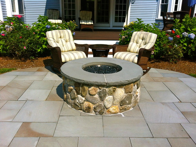 Outdoor Living modern-patio