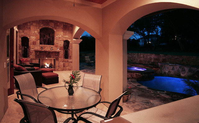 Outdoor Living / Swimming contemporary-patio