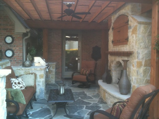 Outdoor living traditional patio dallas by the for Tradition outdoor living