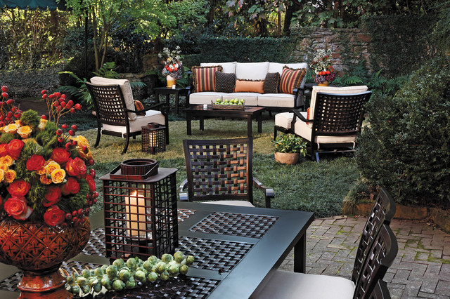 Outdoor lounge chairs and sofa in cast aluminum for Outdoor furniture birmingham al
