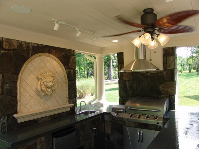 Outdoor Oasis - Explore traditional-patio