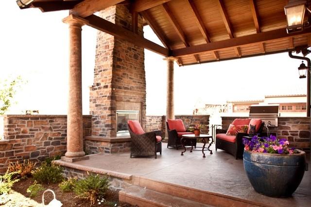 Outdoor Patio rustic-patio