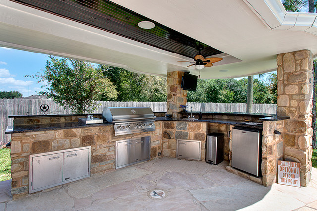 Beautiful Elegant Patio Kitchen Photo In Houston