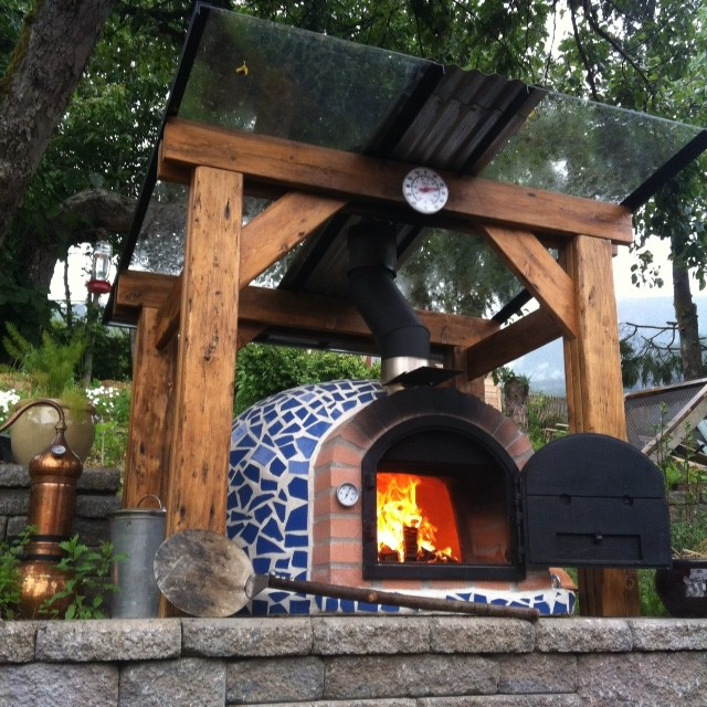 Outdoor Pizza Ovens Mosaic Tiles / Terracotta Rustic Patio