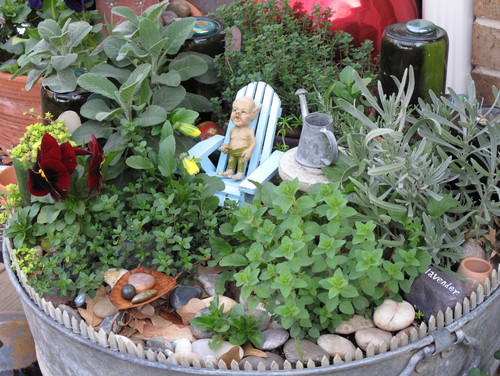 How to create a fairy garden your step by step guide for Tray garden designs