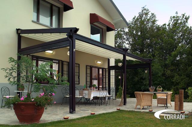 Outdoor Retractable Enclosures traditional-outdoor-products