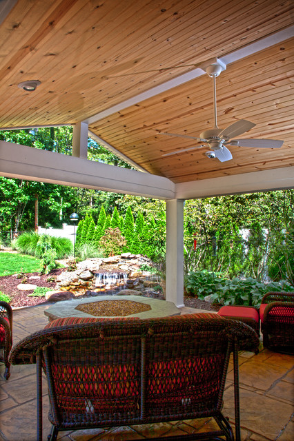 Outdoor roof structure traditional patio cleveland for Outdoor kitchen roof structures