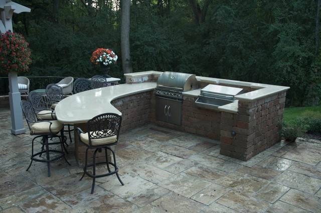 Outdoor Room traditional-patio