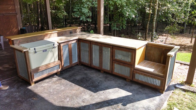 Outdoor Rustic Cooking Station And Bar Rustikal Patio