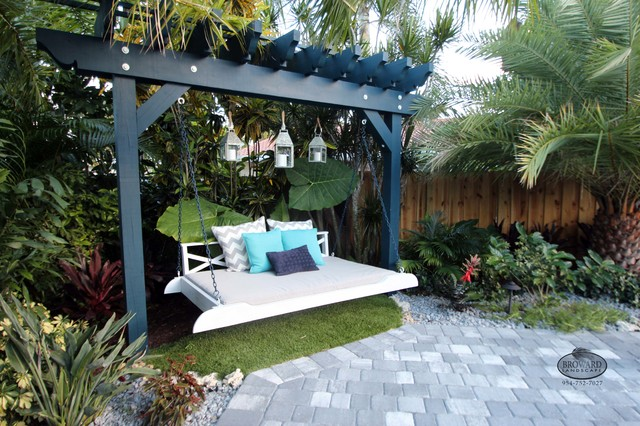 Outdoor Seating Areas Tropical