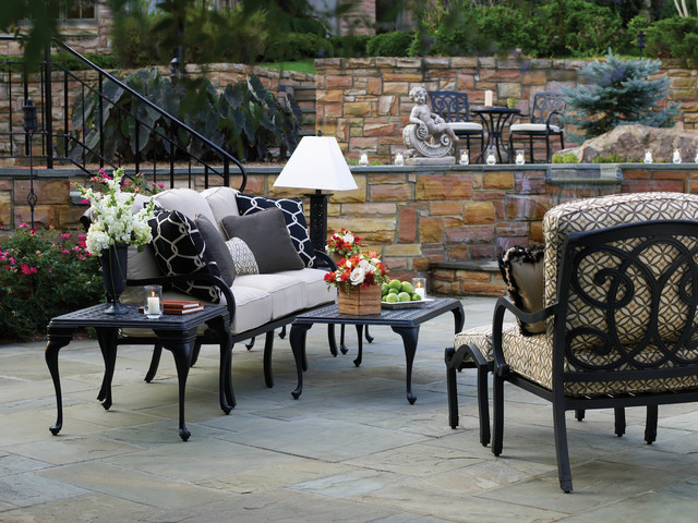 Outdoor sofa and lounge chairs in cast aluminum for Outdoor furniture birmingham al