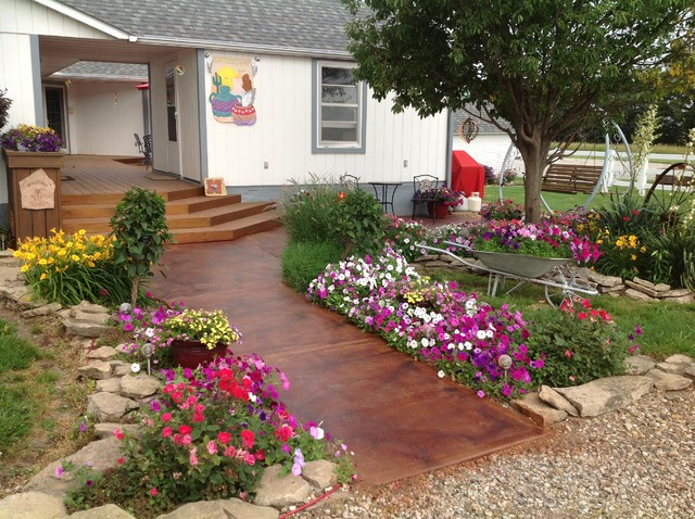 Outdoor Walkways Stain With Terra Cotta Color Stain