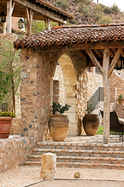 Oz architects rustic patio phoenix by don ziebell for Tuscan decorations for home
