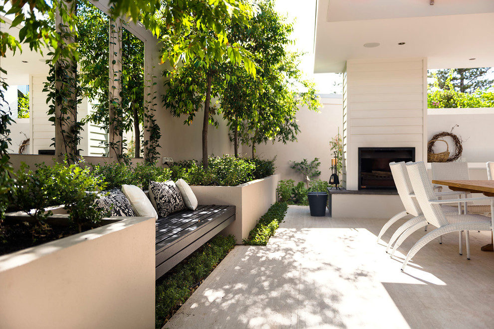 Inspiration for a timeless backyard patio remodel in Perth
