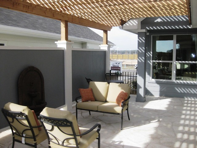 Pacesetter Homes traditional-patio