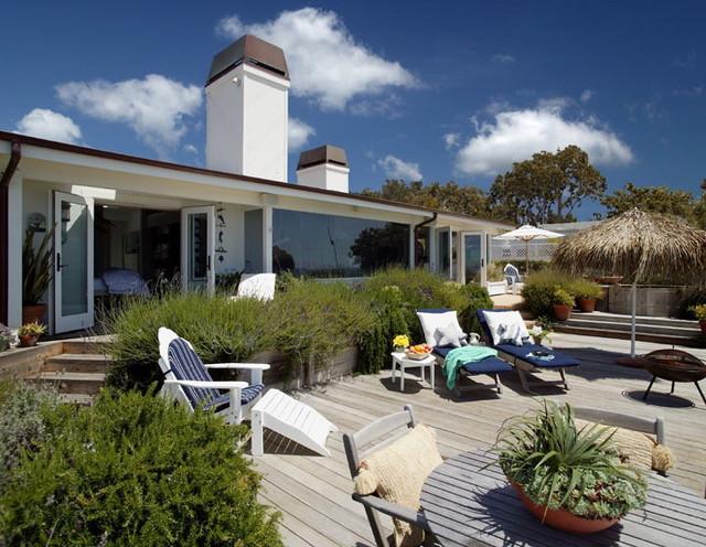 Padero lane beach house beach style patio santa for Beach house landscape design