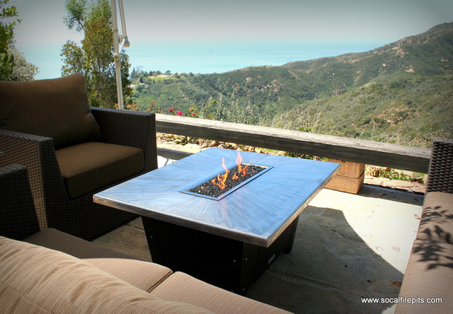 Palisades Rectangular Fire Pit Contemporary Patio