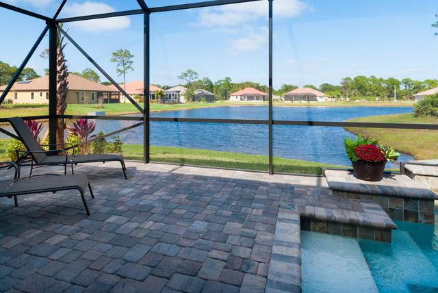 Palm coast model home for Buiten patio model