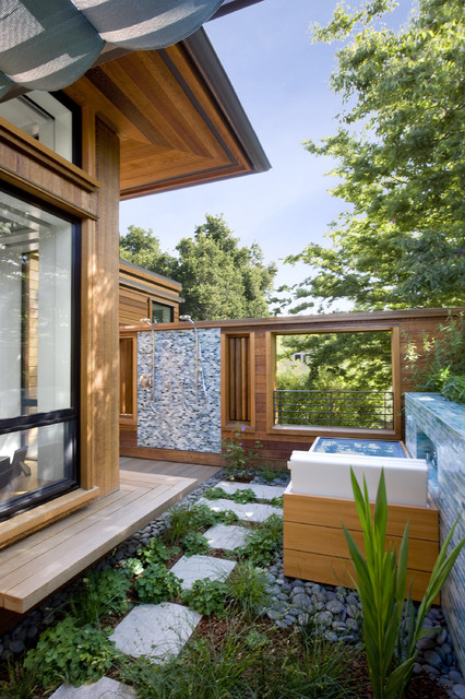 Palo Alto Green Point Rated House contemporary-patio