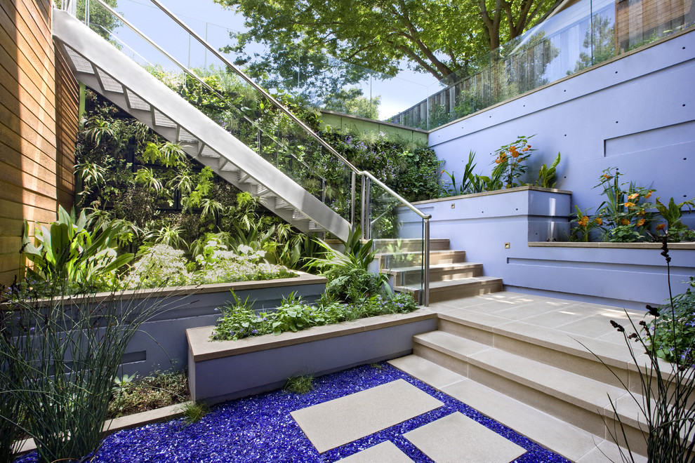 Example of a trendy patio design in San Francisco with no cover