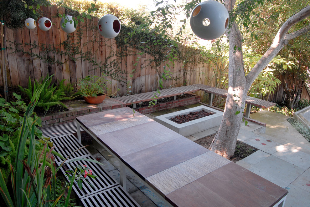 Example of a trendy patio design in Los Angeles with no cover