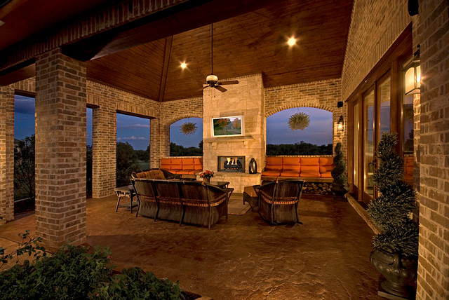 Parade of Homes traditional-patio