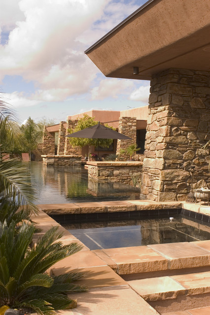 Paradise Valley, Arizona contemporary patio