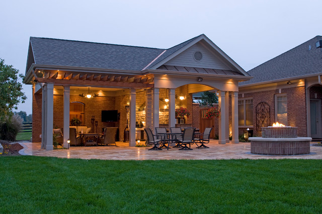 Parson's Pool House contemporary-patio