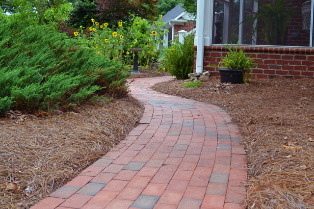 Pathway Full Range Pavers Traditional Patio Other