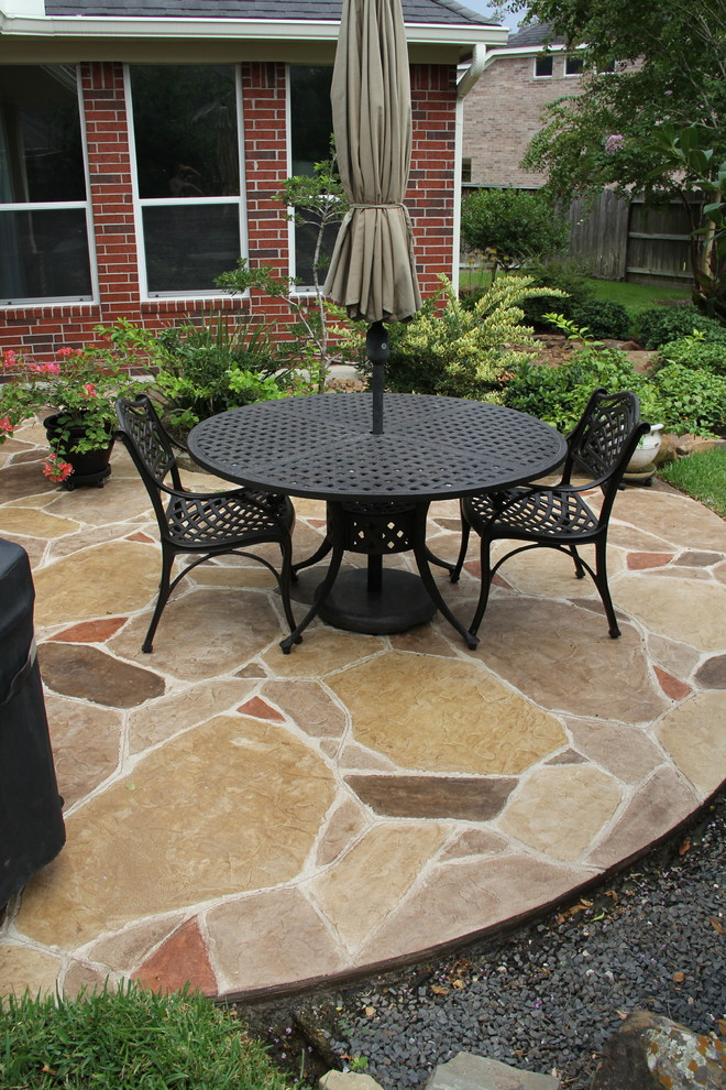 Patio Cover with Decorative Concrete in Cypress, TX ...