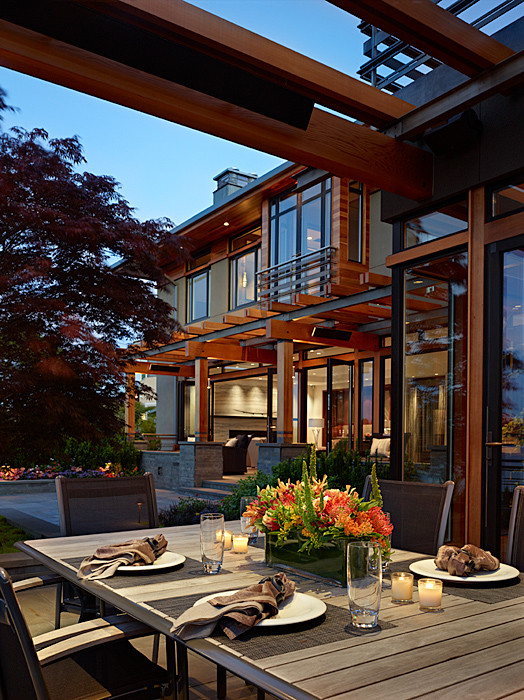 Example of a trendy patio design in Seattle