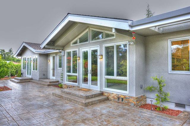 patio ranch style home transom windows