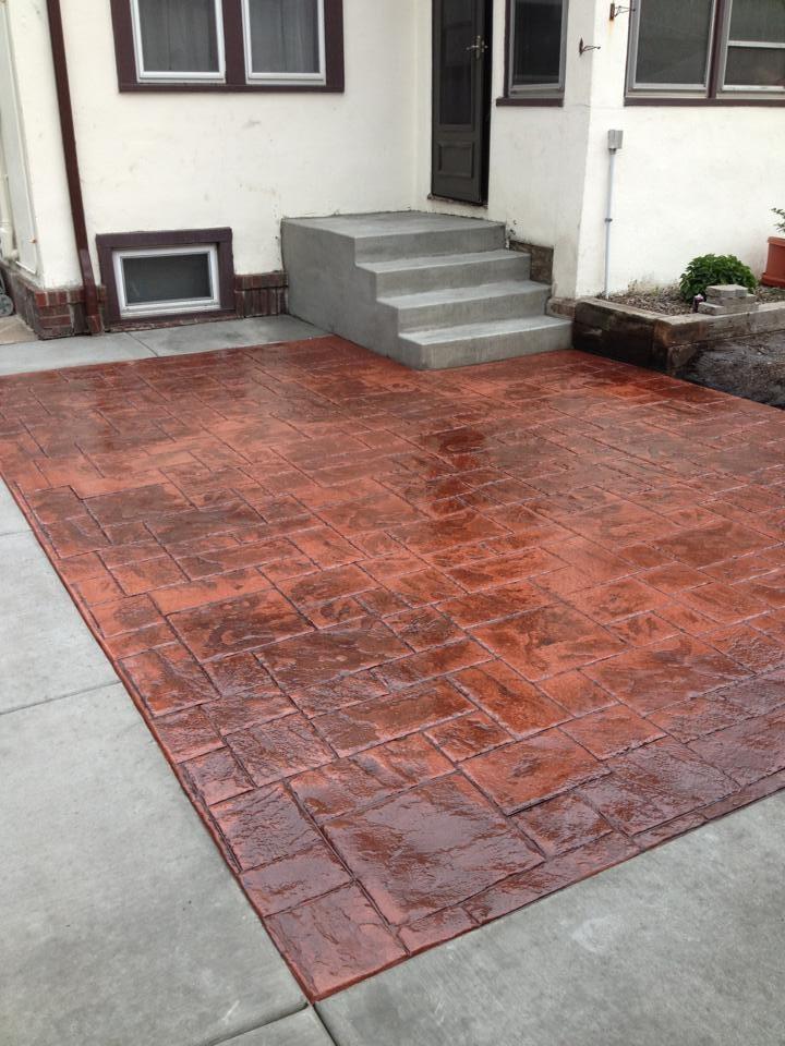 Patio - mid-sized modern concrete patio idea in Minneapolis