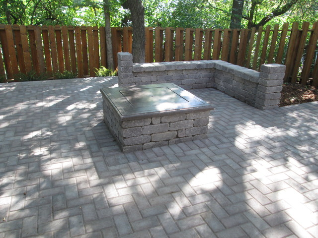 Paver Fire Pit And Sitting Wall Traditional Patio