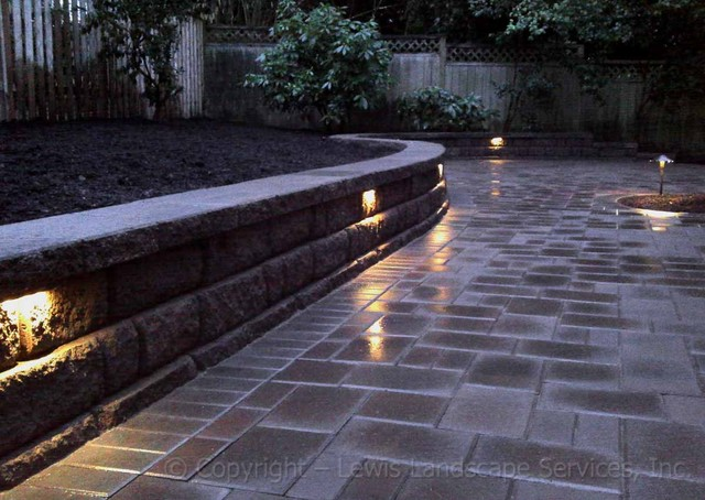 Paver Patio Amp Seat Wall Contemporary Patio Portland