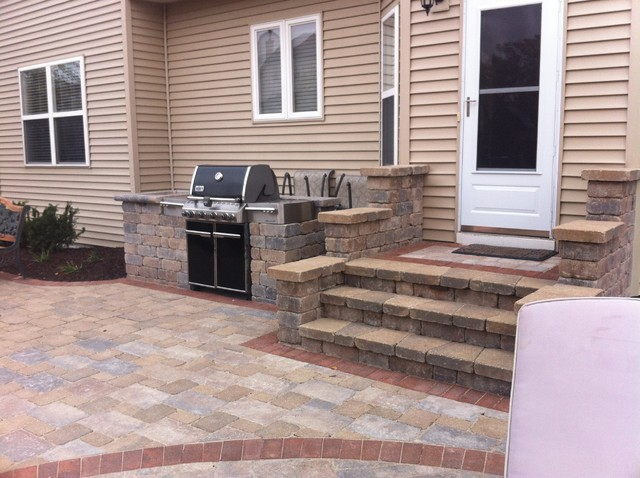Paver Steps And Grill Center