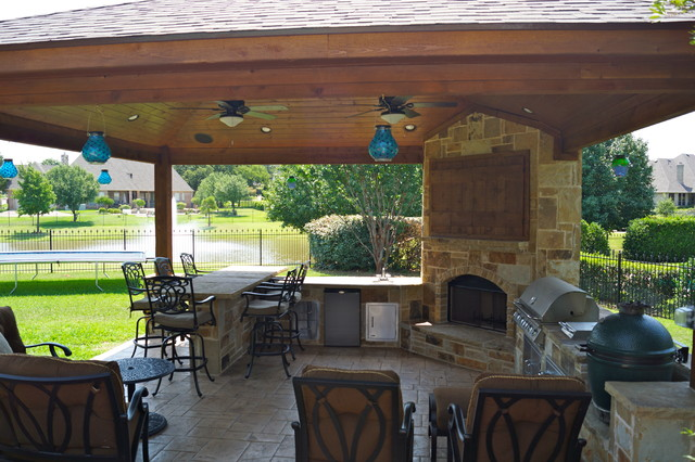 Pavilion cabana traditional patio dallas by dfw for Traditional outdoor kitchen designs