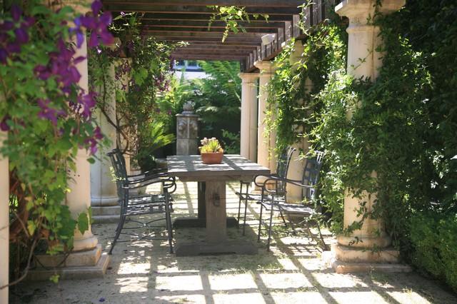 Pergola rustic-patio