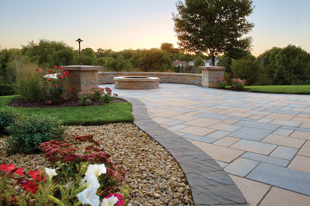 Picturesque Patio: Concrete Paver Patio With Border Transitional Patio