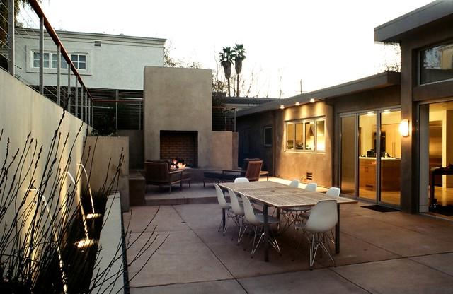 Piedmont Modern Garden modern-patio