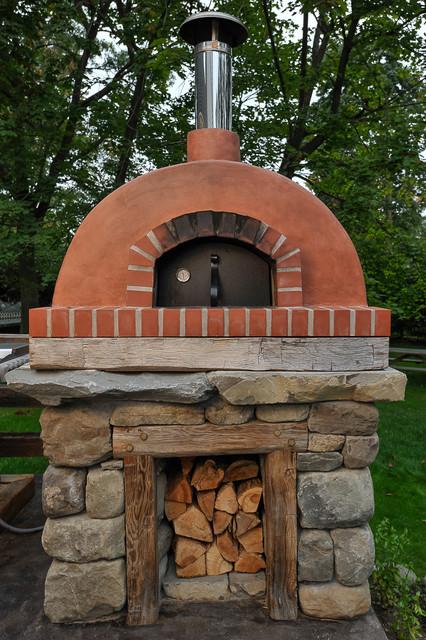 Pizza oven rustic-patio