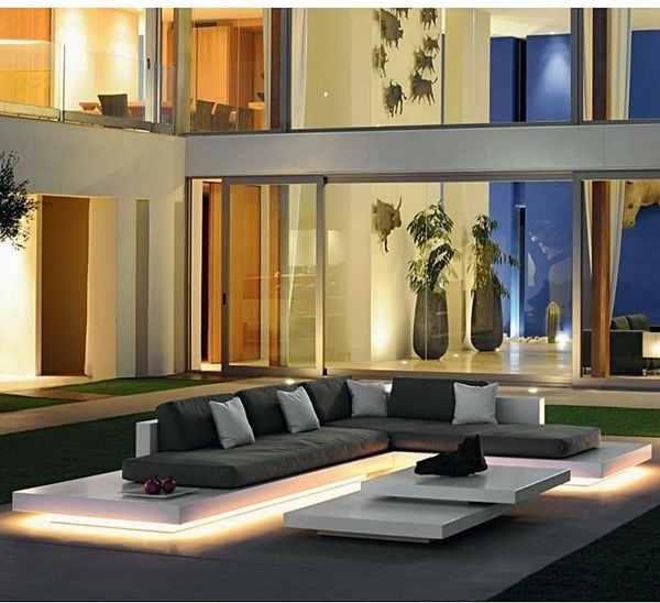 Incroyable Platform Lighted Outdoor Sectional Sofa Contemporary Patio