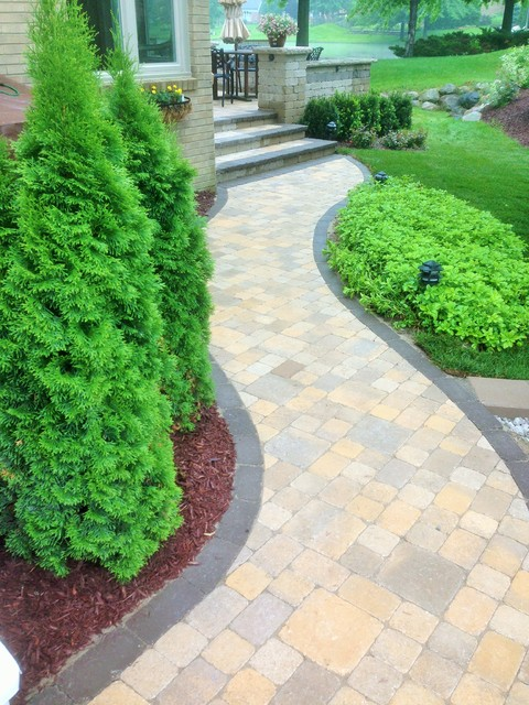 Plymouth 2 Level Patio Traditional Patio Detroit