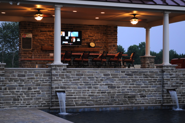 pool house and outdoor kitchen - traditional - patio