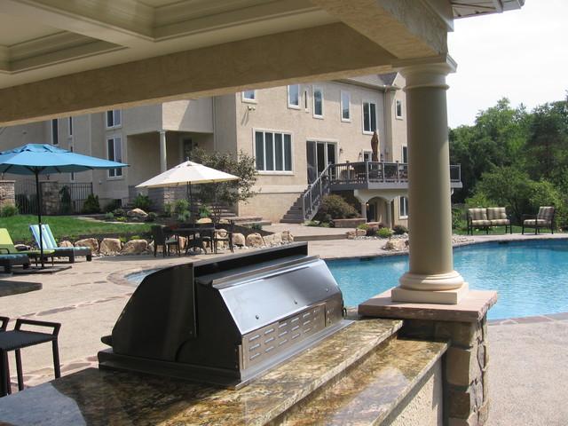Pool Pool House And Swim Up Bar Traditional Patio