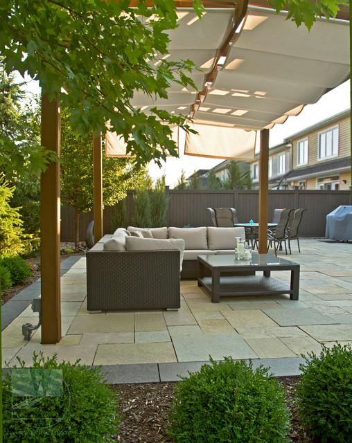 Pools traditional patio ottawa by merkley supply for Pool design ottawa