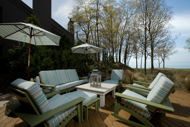 Porch contemporary patio grand rapids by fredman for Outdoor furniture grand rapids