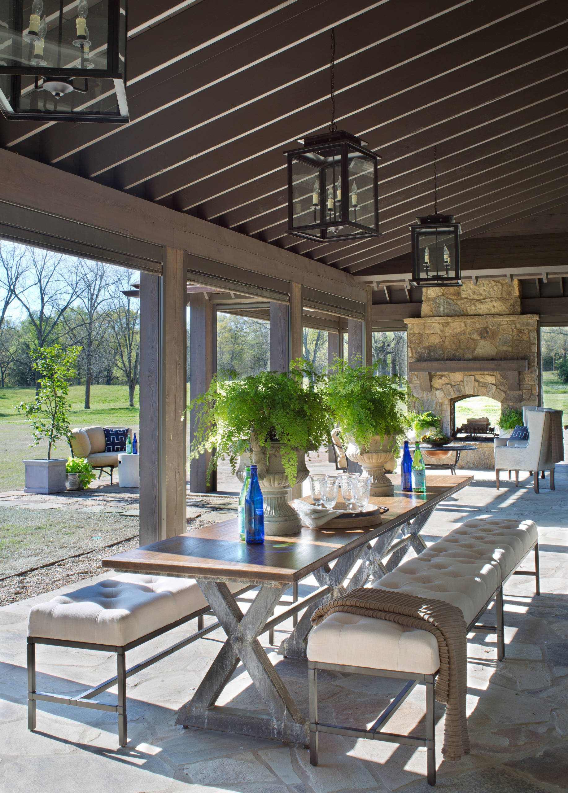 75 Beautiful Farmhouse Outdoor Design With A Fire Pit Pictures Ideas October 2020 Houzz