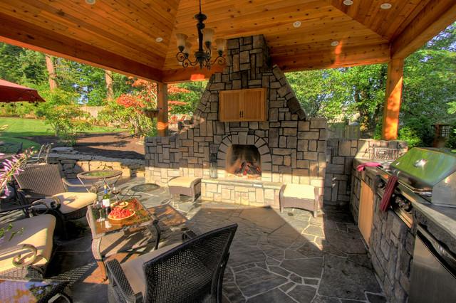 Portland Landscaping Outdoor Living contemporary-patio
