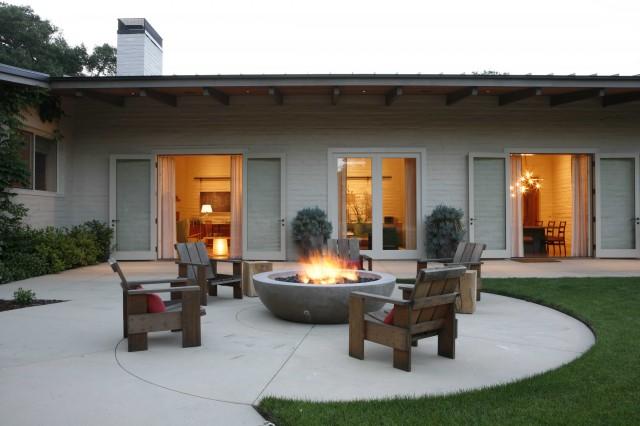 Portola Valley midcentury-patio